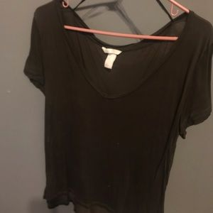 olive green h&m tee!